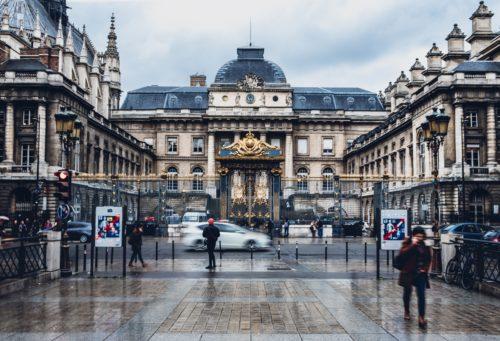 Podcast – Le Magazine Du Droit : L'Ecole Nationale Des Greffes